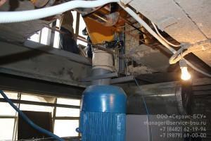 Цементный дозатор и выгрузка в смеситель